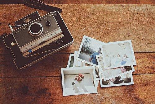 •   Les souvenirs sont les passages de notre vie qu'on ne pourra pas oublier.  •