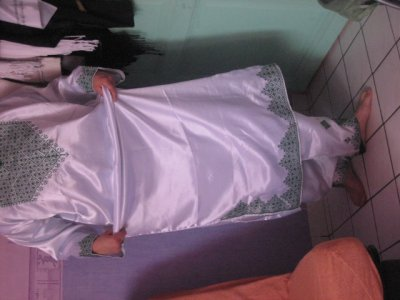 ENSEMBLE TRADITONNEL POUR HENNA