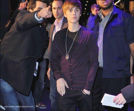 Justin Bieber était présent à l'avant-première de « Justin Bieber : Never Say Never », à Paris !
