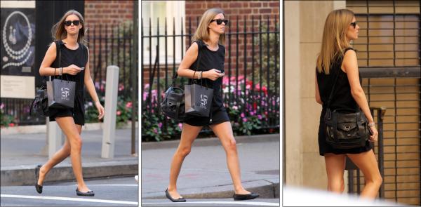 ** 15 Septembre _  Nicky allant faire quelques emplettes chez Barney's à Manhattan (NY)**