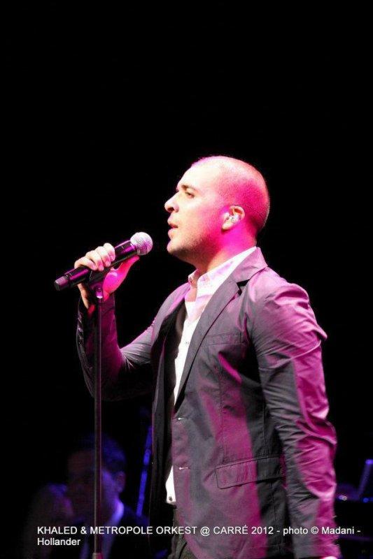 Douzi live in concert