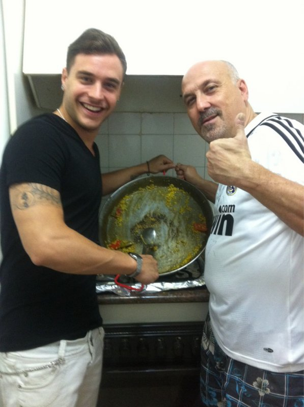 Adrián & son père