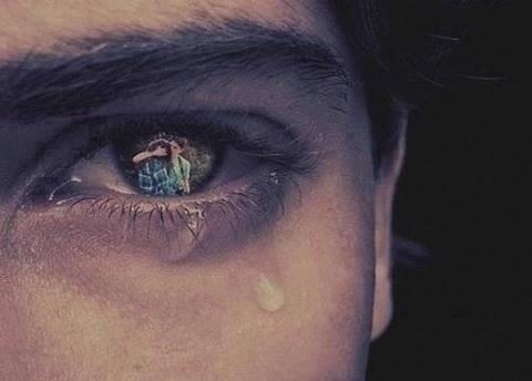 """""""Le premier qui tombe amoureux à perdu"""""""