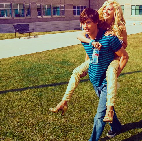 Article n°26 _________________Zac & Ashley ♥