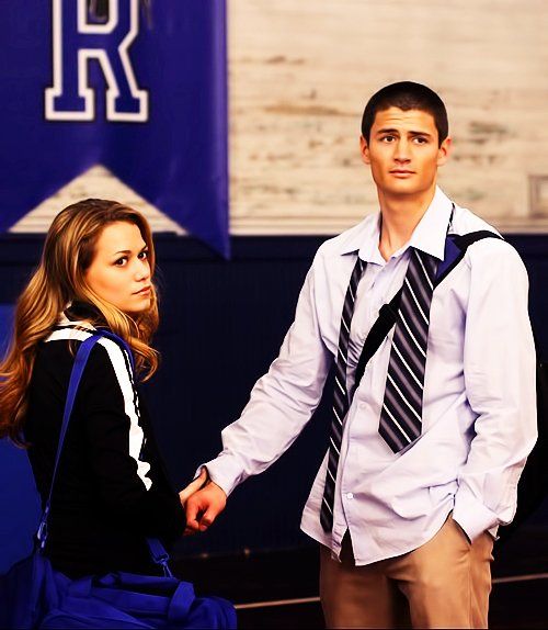 Article n°37 _________________Haley & Nathan ♥