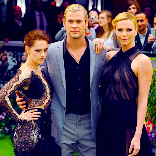 Article n°40 _________________Kristen, Chris & Charlize ♥