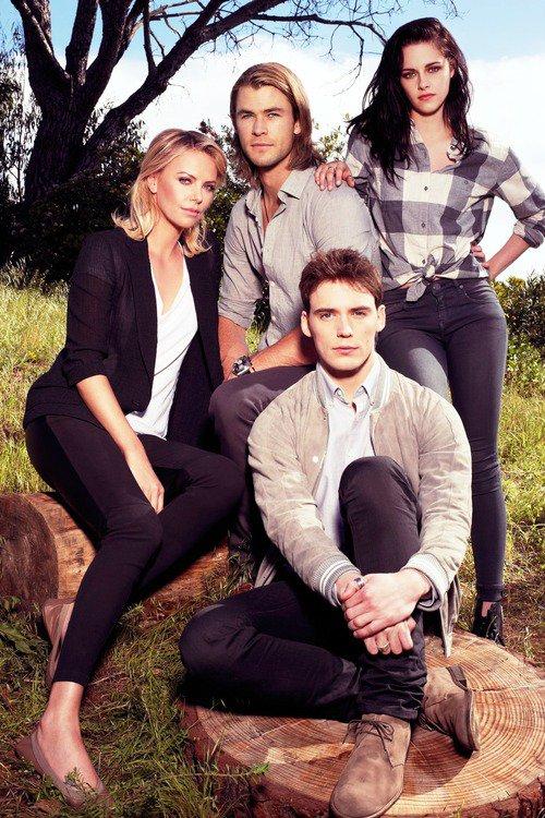 Article n°67 _________________Charlize, Chris, Sam & Kristen ♥