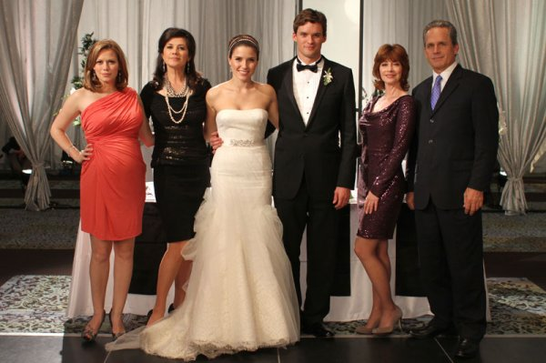 Article n°98 _________________Haley, Victoria, Brooke, Julian, Sylvia & Paul ♥
