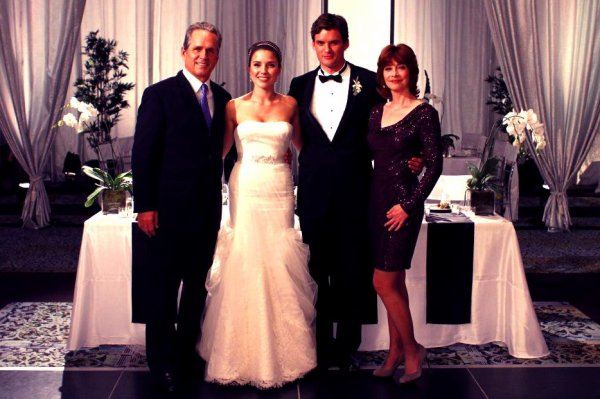 Article n°112 _________________Paul, Brooke, Julian & Sylvia ♥