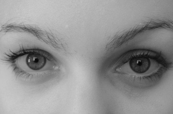 """""""les yeux sont les fenêtres de l'âme"""""""