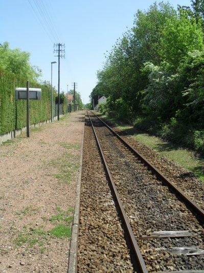 Gare de Maresquel-Ecquemicourt, voie et quai