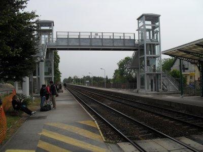 Gare de Rang-du-Fliers, passerelle