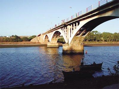 Bridge d'azama