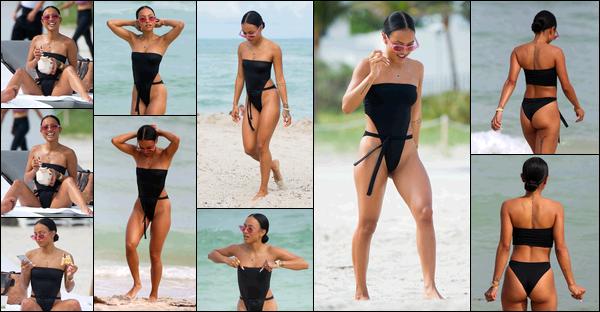 . 18.10.17 ◊ Karrueche Trana été vue profitant des jolis jours de l'arrière-saison sur les belles plages de Miami. Notre jolie Karrueche nous a donc exposé son joli corps bronzé. Que dire? Elle est parfaite, son corps est parfait, son visage aussi. TOP! .