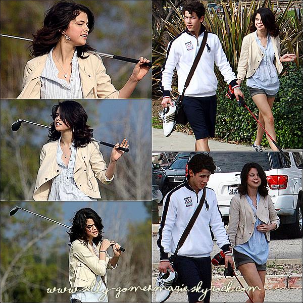Selena au golf avec son petit ami Nick !