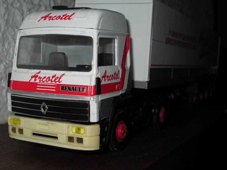 RENAULT R 390 SEMI ARCOTEL