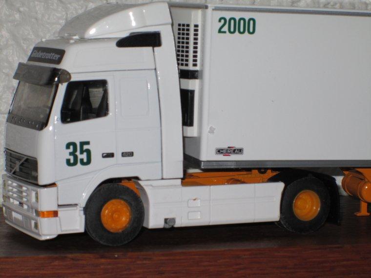 VOLVO FH  12 420 SEMI FRIGO CHEREAU STG N° 35/2000