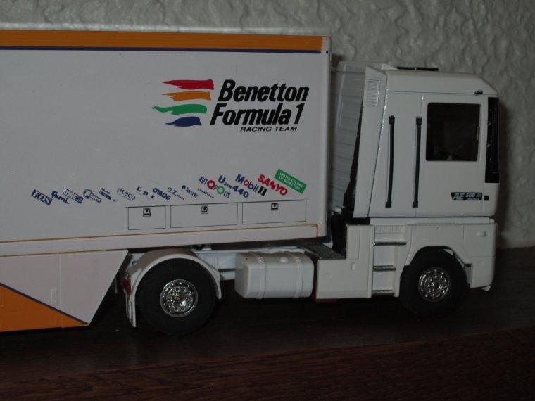RENAULT MAGNUM AE 500  F 1  BENETTON