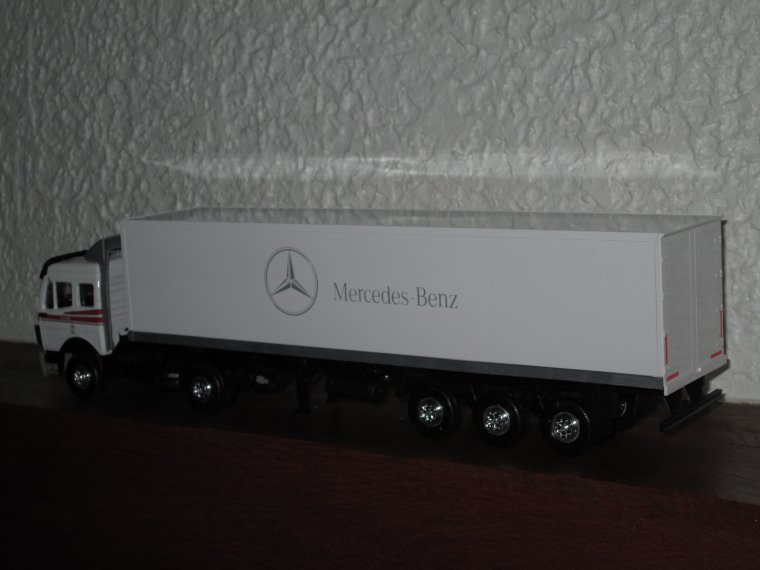 MERCEDES 1748  SEMI FOURGON MERCEDES-BENZ