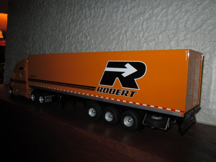 KENWORTH  T 2000 ROBERT