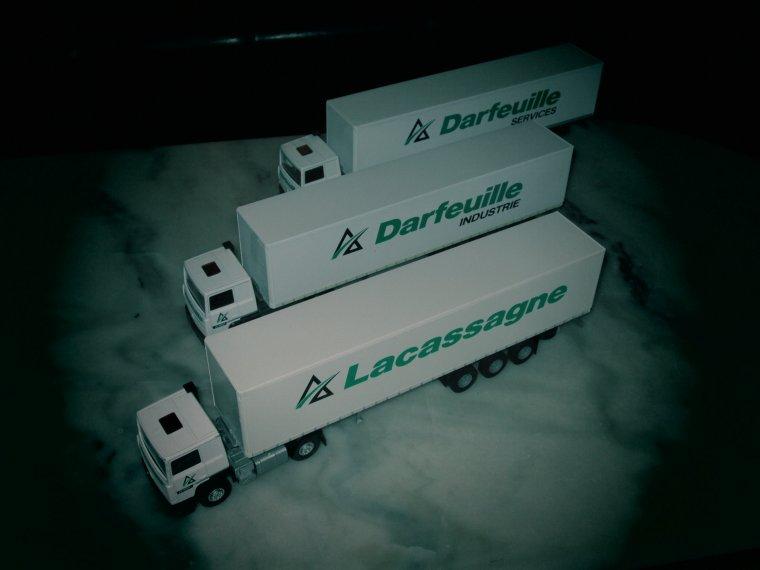 "RENAULT R 340 TI  SEMI FOURGON "" LACASSAGNE "" et "" DARFEUILLE """