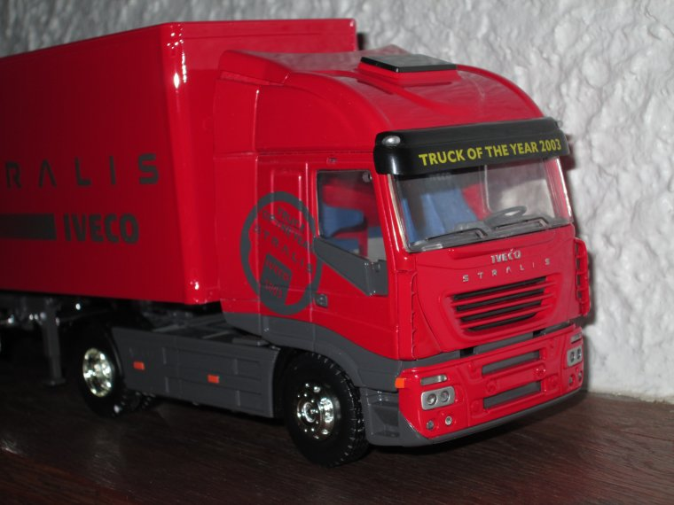 IVECO STRALIS 540 TRUCK OF THE YEAR 2003