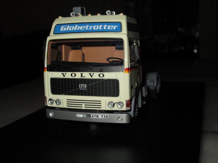 VOLVO GLOBETROTTER  F 12 turbo 6