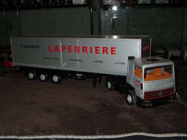 RENAULT R 310 LAPERRIERE