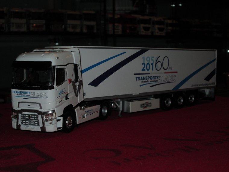 RENAULT T 520 TRANSPORTS BLANC