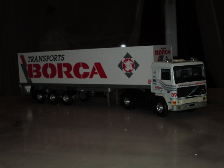 volvo F 12  transport borca