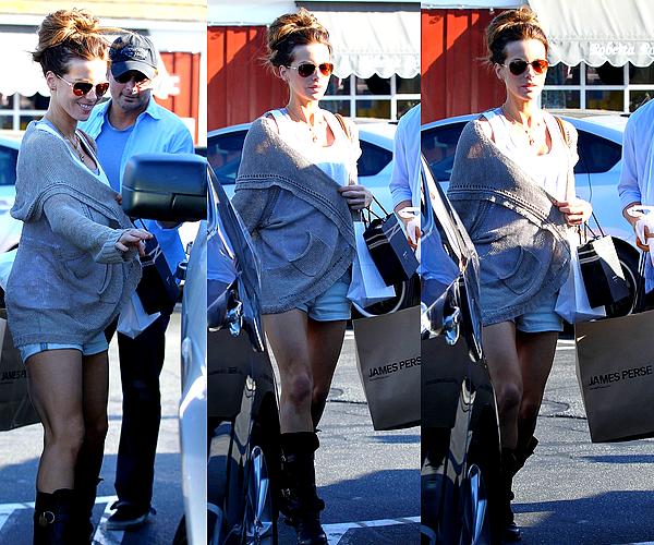 .  Le 09/07 : Kate et son mari Len sont allés faire quelques magasins, à Brentwood (Californie) .