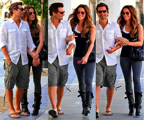 .  Le 08/09 : Kate et Len sont allés promener et faire quelques magasins, à Santa MonicaJe les trouve vraiment mignons tous les deux, ils sont très complices et ça fait plaisir de voir notre Kate aussi heureuse.  (:   .