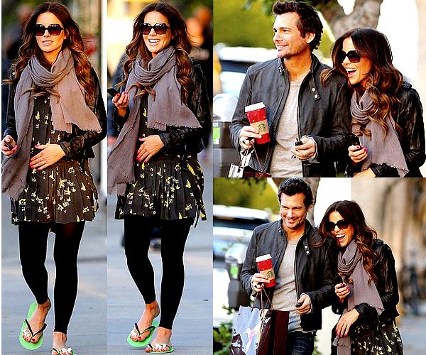 .  Le 26/12 : Kate s'est rendue dans un salon de pédicure de Los Angeles, accompagnée par son mari Len Un joli TOP pour Miss Beckinsale ! Elle semble en pleine forme, ça fait plaisir de la voir d'aussi bonne humeur.♥  .
