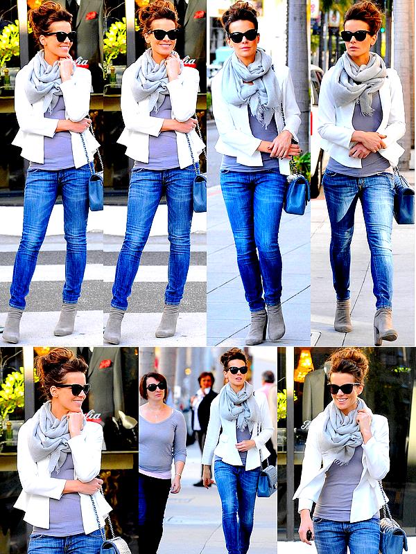 .  Le 27/02 : Kate a profité de son après-midi pour aller faire les magasins avec une amie, dans Beverly Hills.