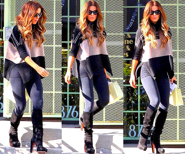 . Le 20/12 : Notre jolie Kate avait été brièvement vu tandis qu'elle faisait les magasins dans West Hollywood .