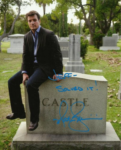 SACRE CASTLE.... NATHAN FILLION, PLUS BEAU AU NATUREL !