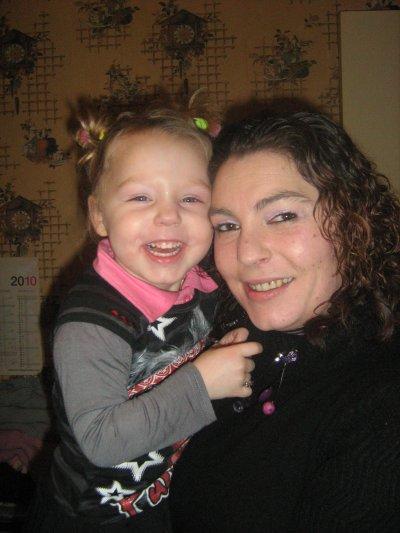 ANNIVERSAIRE DE SARAH 4 ANS LE 13 JANVIER 2010