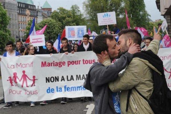 Contre l'homophobie †