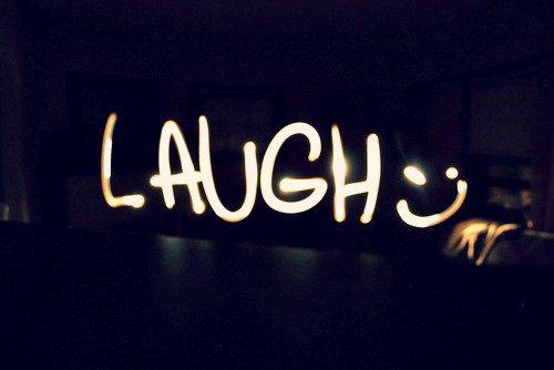Rier et amuser vous la vie est courte  (=