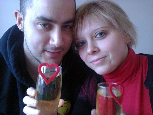 la surprise de saint-valentin pour mon chéri que j aime et merci a lui pour le bon restaurant mon coeur et pour ma réplique je t aime <3