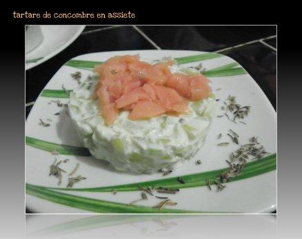 tartare de concombre avec un soupçon de saumon