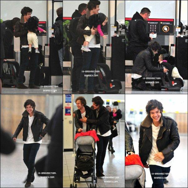 Les Boys À l'aéroport d'Heathrow (06.11.2012)