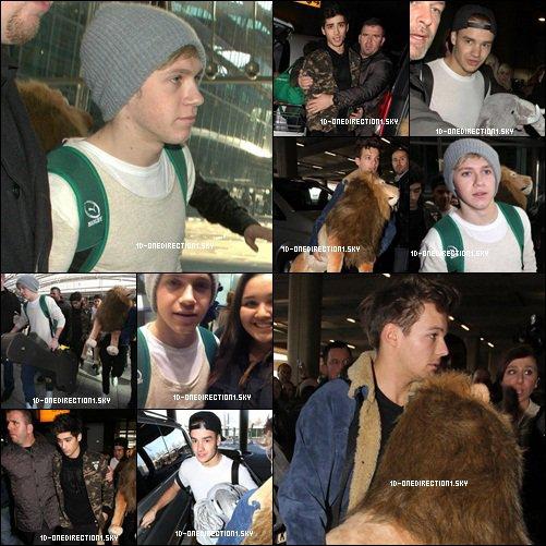 Les Boys À l'aéroport d'Heathrow (08.12.2012)