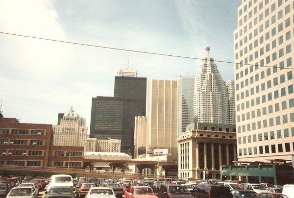 CM94 aux Etats-Unis: Visite de Toronto en allant aux chutes de Niagara