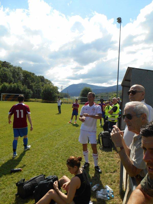 FC Peseux-Comète-Suisse Legends. Terrain de Chantemerle, Peseux. Le 22 juin 2013