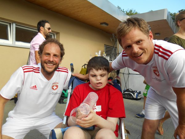 FC Peseux-Comète-Suisse Legends, Terrain de Chantemerle, Peseux. Le 22 juin 2013