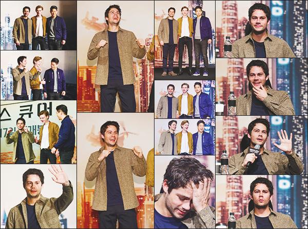 """.10.01.18 ▬ Dylan était à une conférence de press pour son prochain film """"The Death Cure"""" à Séoul  C'est partit pour la promotion du dernier labyrinthe, dylan était en compagnie de Thomas et de Ki hong. J'aime beaucoup sa tenue ! Vos Avis? ."""