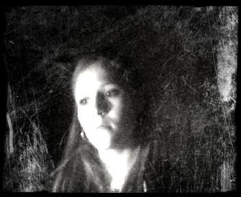_# Je suis totalement perdue, totalement anéantie, totalement vidée... #_