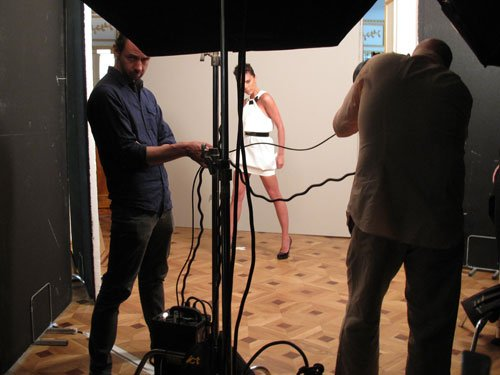 Dans les coulisses de la séance photo de Victoria Beckham pour Marie Claire US