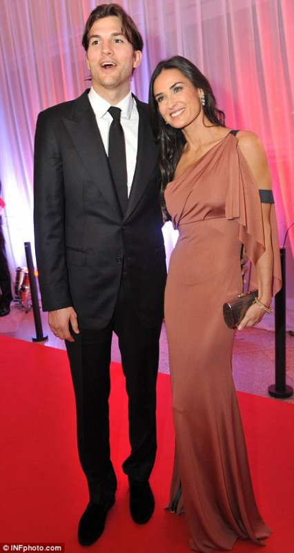 Demi Moore une fois de plus habillée par Victoria Beckham !